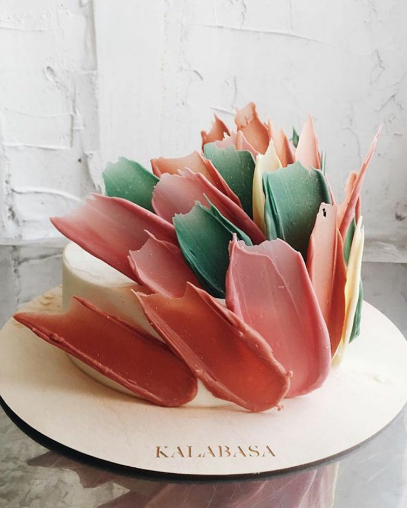 Kalabasa Bakery S Jaw Dropping Cakes Look Like 3d Brushstrokes