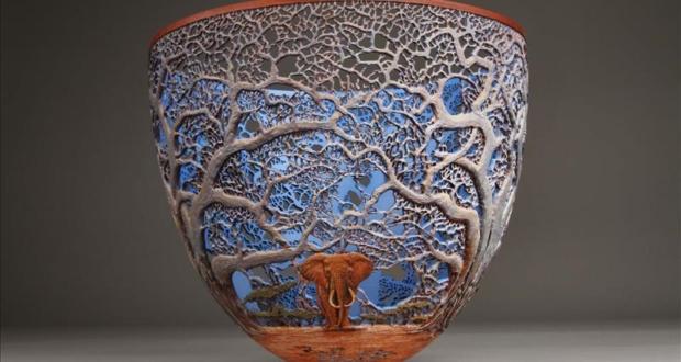 hand-carved-wooden-bowls-by-gordon-pembridge