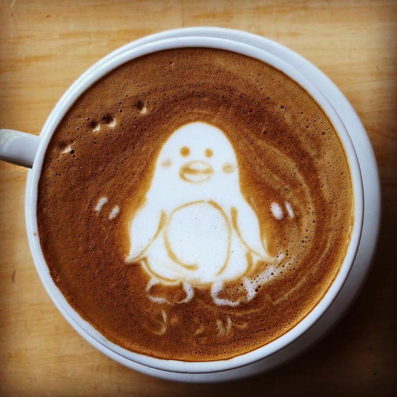 penguin latte art
