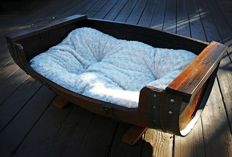 reclaimed-wine-barrel-dog-bed