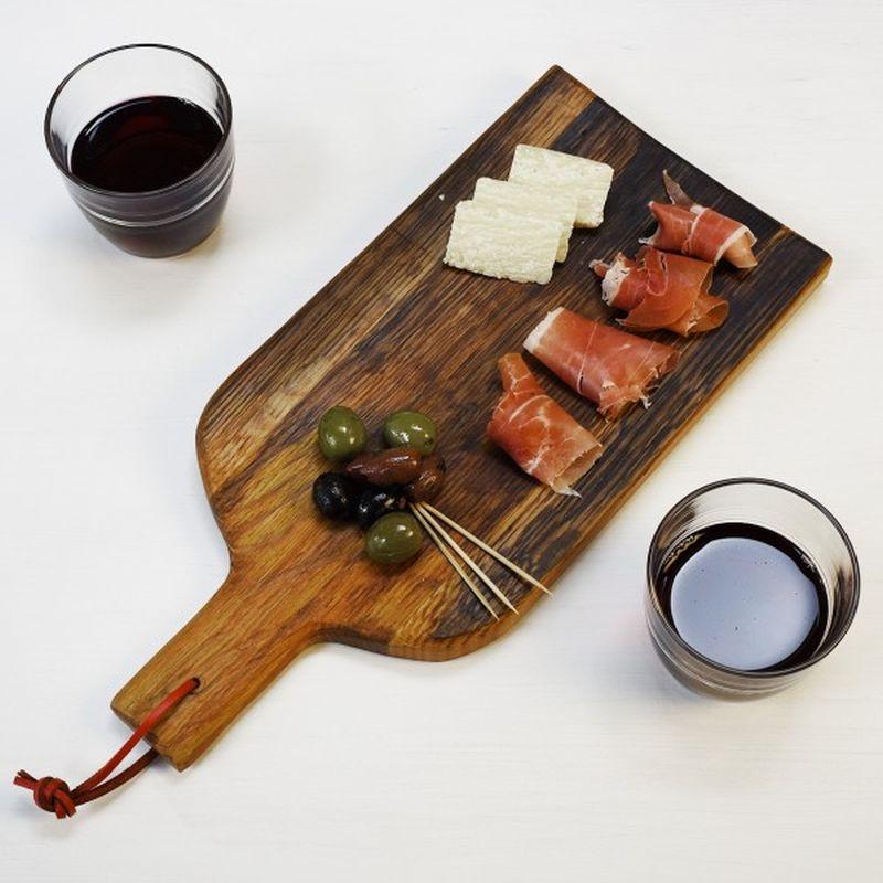 wine-gifts-cheeseboard-oak-barrel