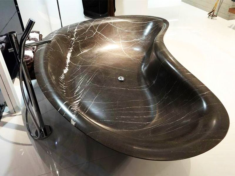 LEVEL 45 Marble bathtub