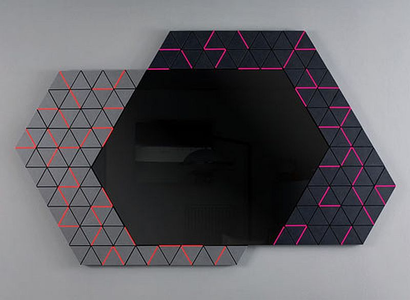 Derma geometric mirror from Enzyma