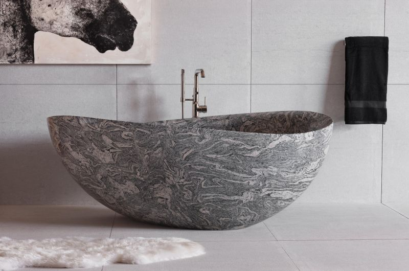 Papillon stone bathtub by Stone forest