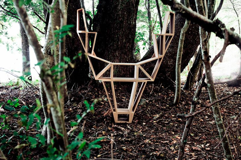 Deer bookshelf by Bedesign