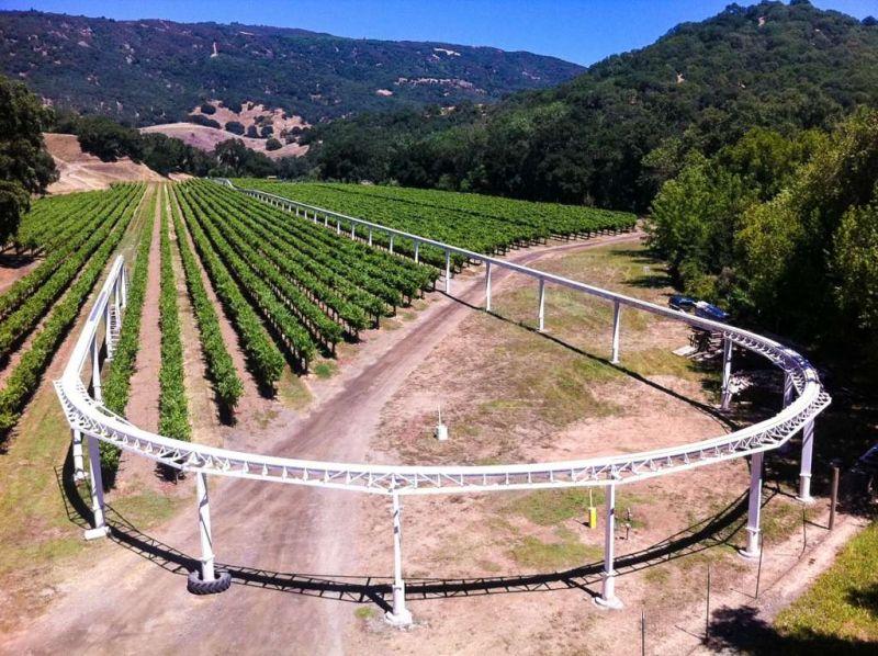 89-year-old retied engineer builds a huge train model in his vineyard