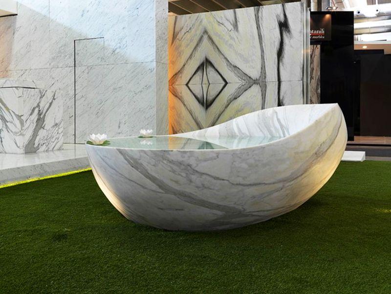 OVUM marble bathtub