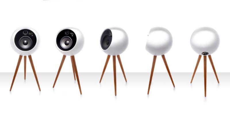 Moonraker speaker
