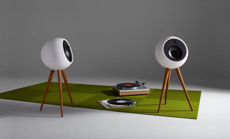 Moonraker speaker by Bossa is a combination of best acoustics and aesthetics