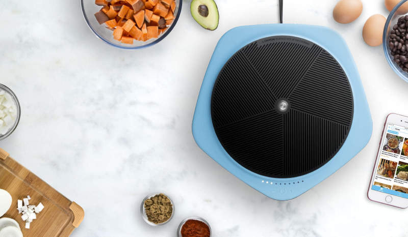 Buzzfeed S Smart Induction Cooktop Syncs With Its Cooking