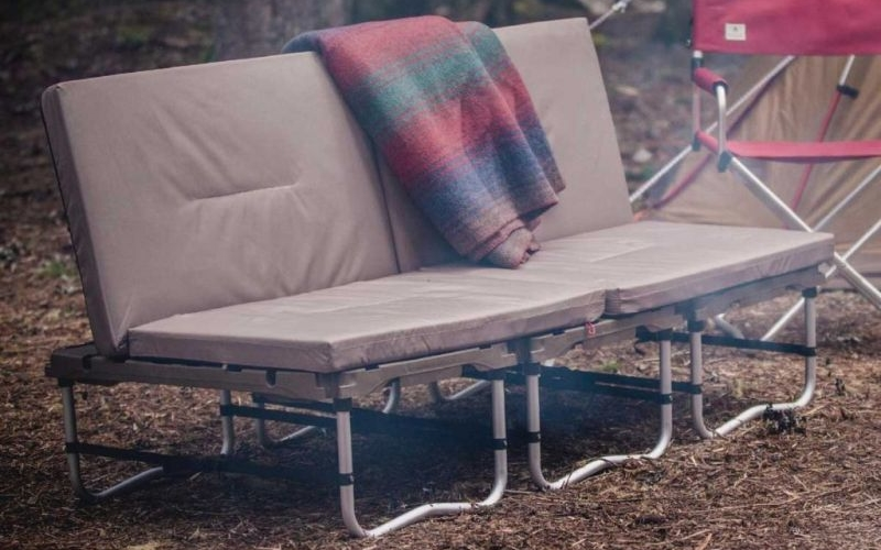 Campfield Futon: Transforming outdoor furniture for camping and adventure trips