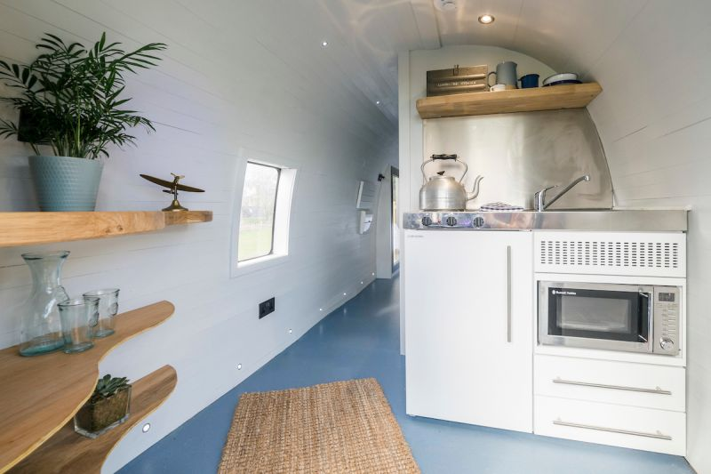 Helicopter hotel in Scotland's kitchenette