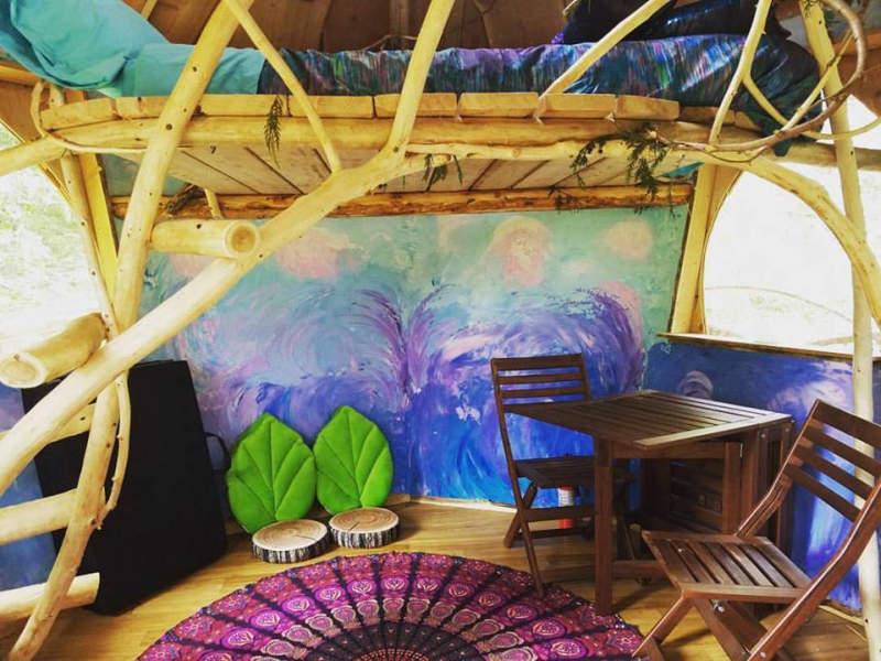 Pot-friendly treehouse