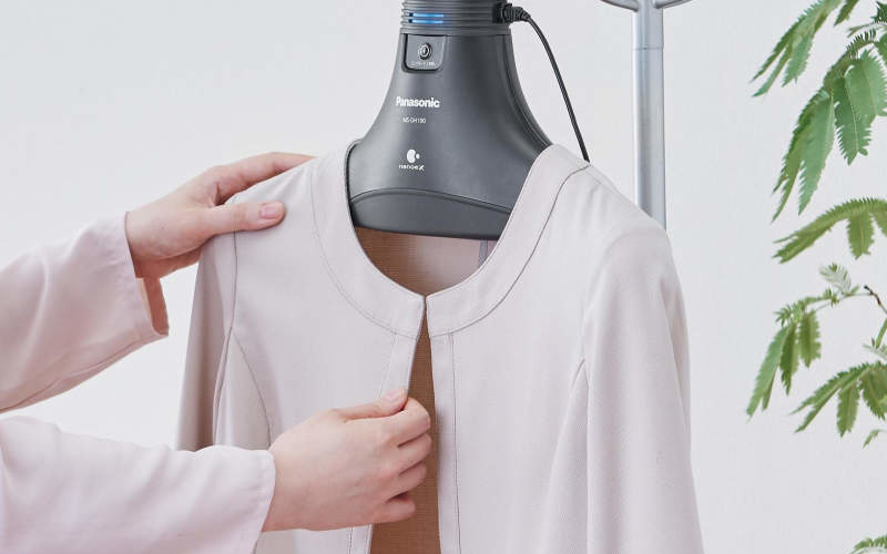 Panasonic MS-DH100 hanger deodorizes clothes with nano water particles