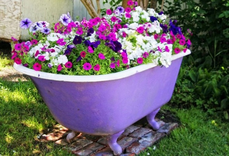 Old bathtub into planter