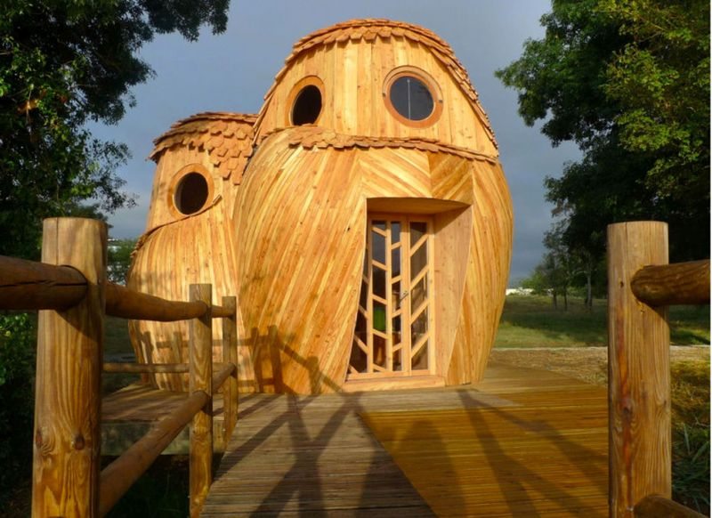 The Watchers - Owl Shaped Cabin Home in Bordeaux