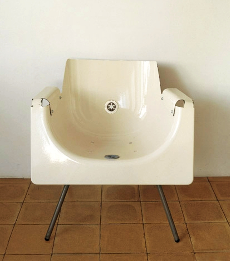 10+ Creative Ideas to Reuse & Recycle Bathtub (Pictures)