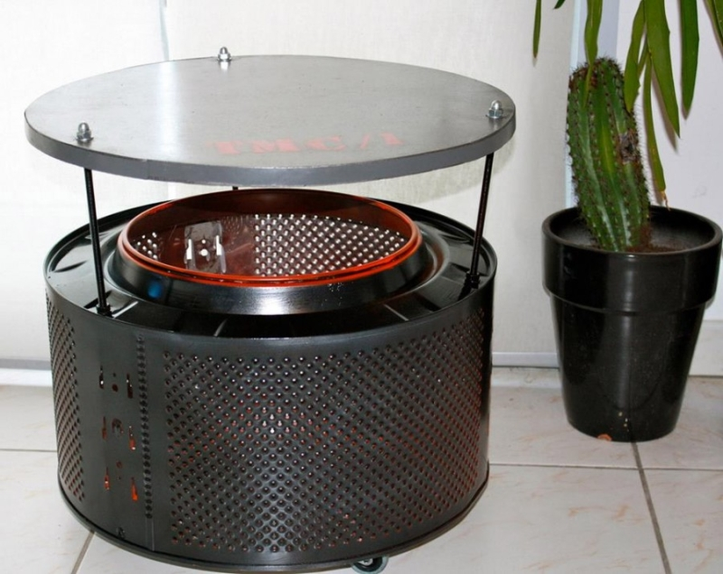 This Little Bar Is Made Of An Old Washing Machine Drum. You Will Love To  Have This One In Your Living Room.