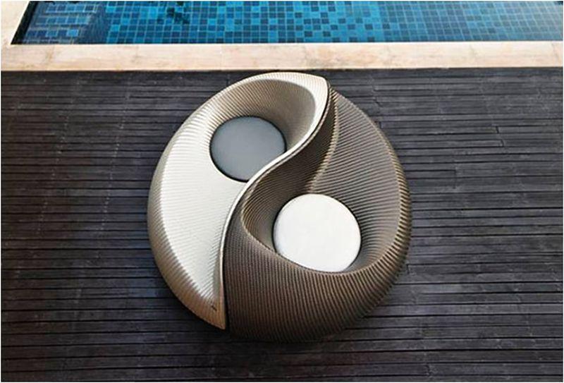 Yin Yang lounging outdoor chair by Dedon