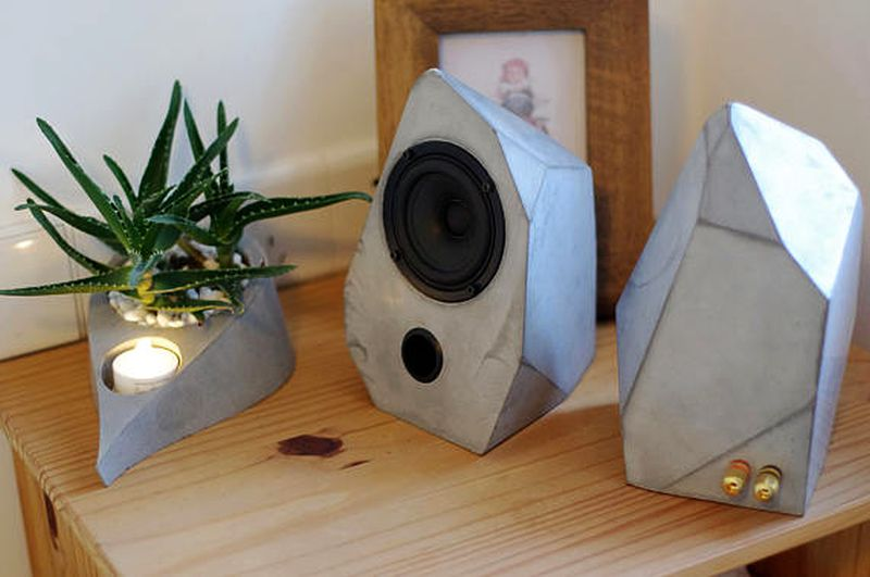 Geometrical speaker by HomeMadeHomeStudio