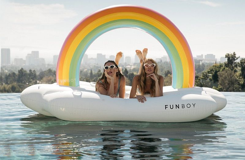 Rainbow cloud daybed Funboy