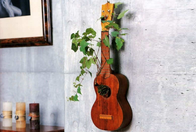 creative ways to recycle old guitar into beautiful home décor items