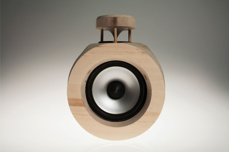 Concrete and Beech Wood Speaker by James Garrad