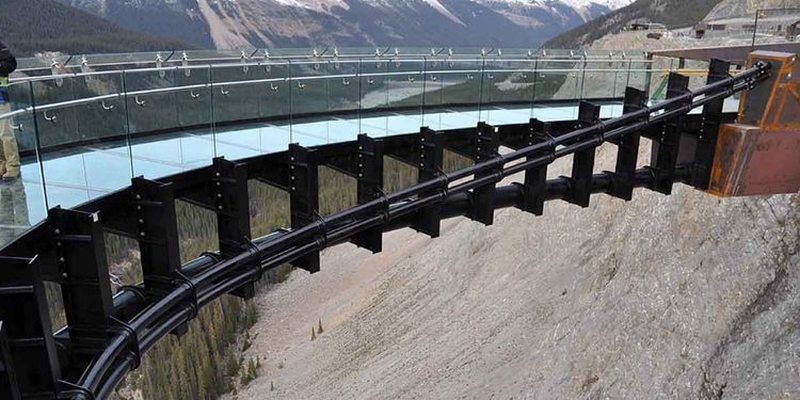 Glacier Skywalk Alberta rocks Jasper National Park