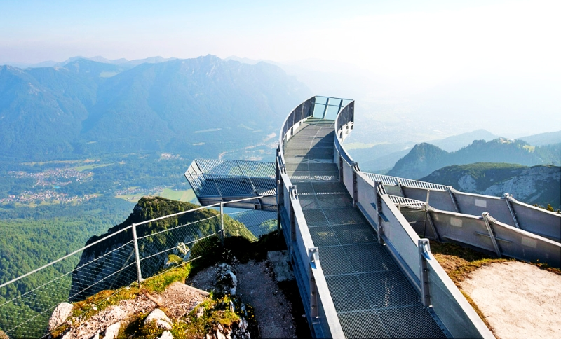 alpspix viewing platform is in Garmisch-Partenkirchen region of Germany