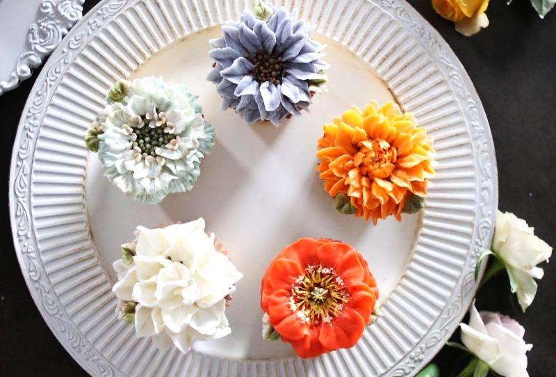 Atelier's Buttercream floral cake