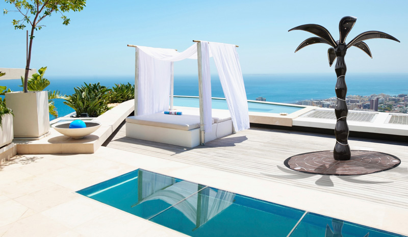 dometti-outdoor-shower-palm-