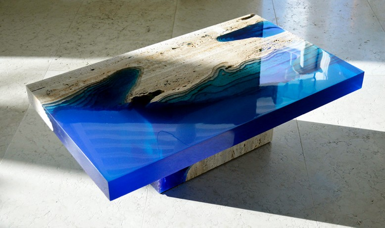 These cool lagoon tables will make your living room bleed blue