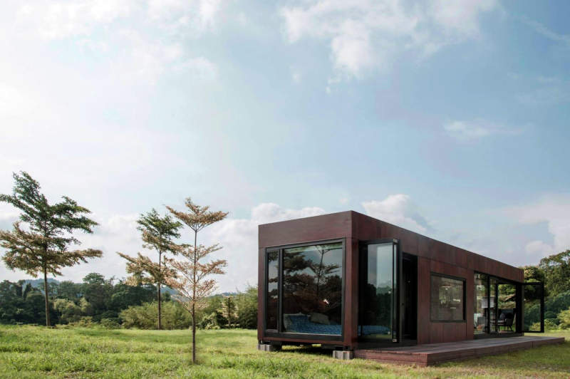 Living ihouse taiwan 39 s first smart shipping container home for Smart house container