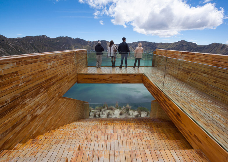 Teak platform Mirador-en-la-laguna-del-Quilotoa_1