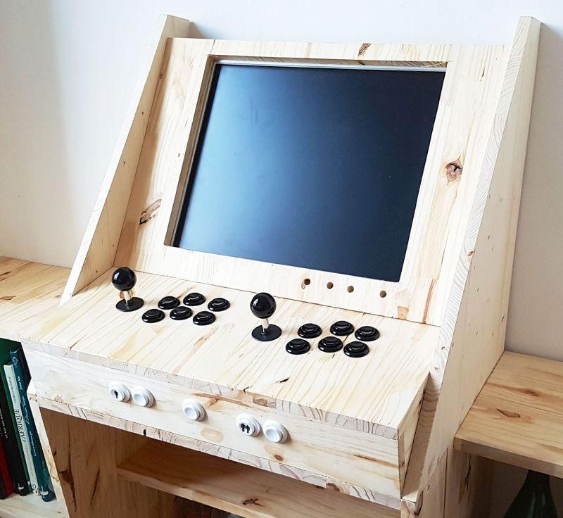 Retrogaming Arcade Cabinet Has Bookshelves And Home Bar