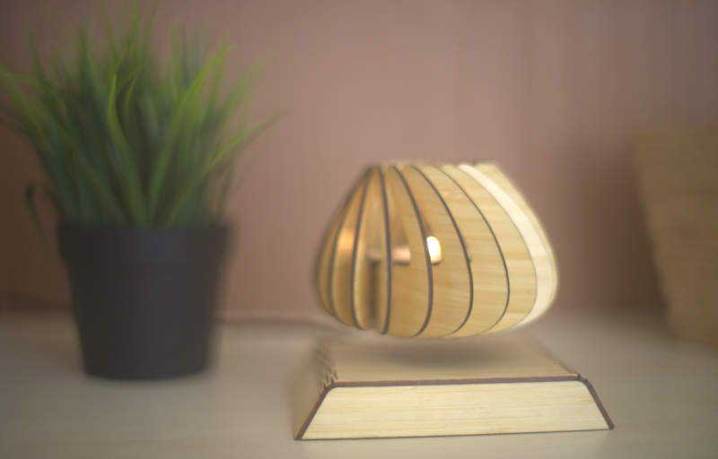 Spirale, the world's first levitating candle holder defies gravity_4