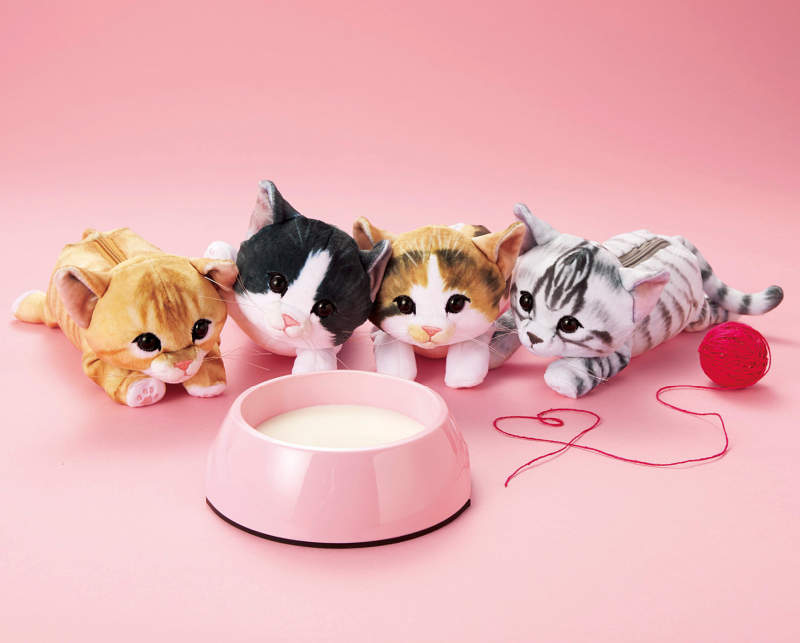 These cuddly cat-shaped zippered pouches are too cute to handle