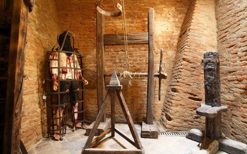 Amsterdam's torture museum relives Europe's gruesome past