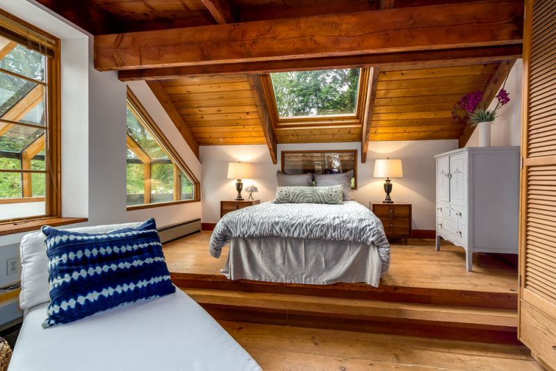 Treehouse Tower bedroom