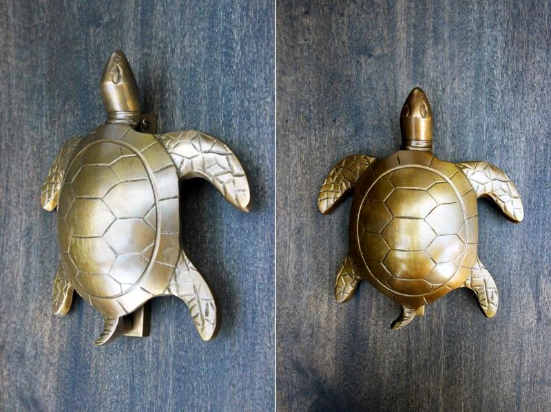brass_turtle_door_knocker_1