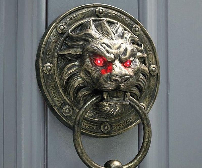 32 Unique Door Knockers To Beautify Your Front Door