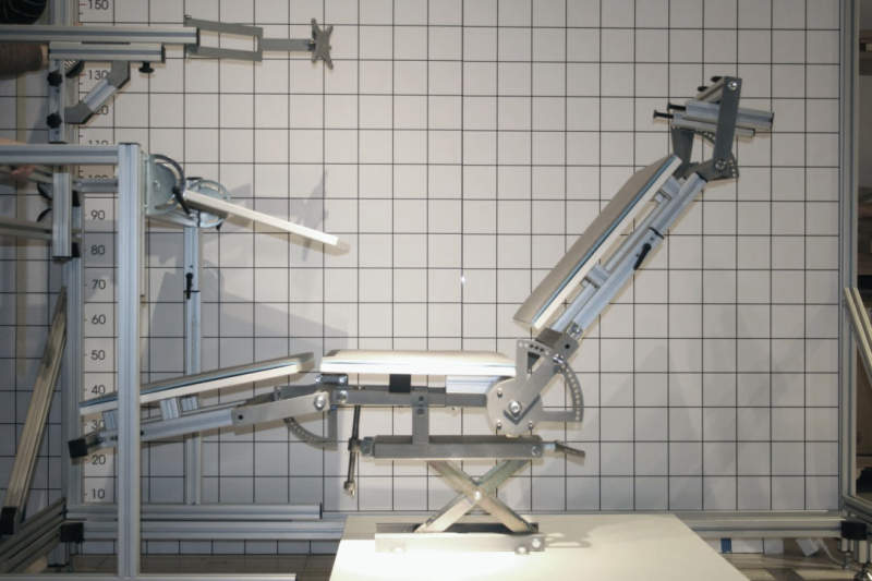 mPosition workstation has adjustable points to fine-tune seating position during work