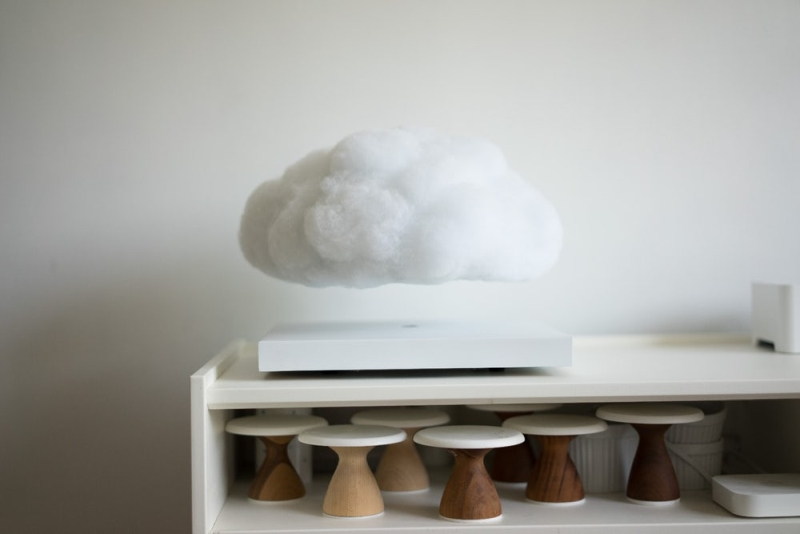 floating cloud Bluetooth speaker