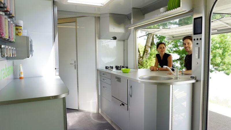 scarabane-caravan
