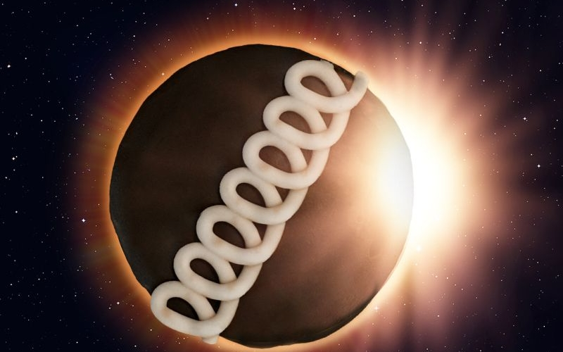 8 solar eclipse-themed food to celebrate once-in-a-lifetime event