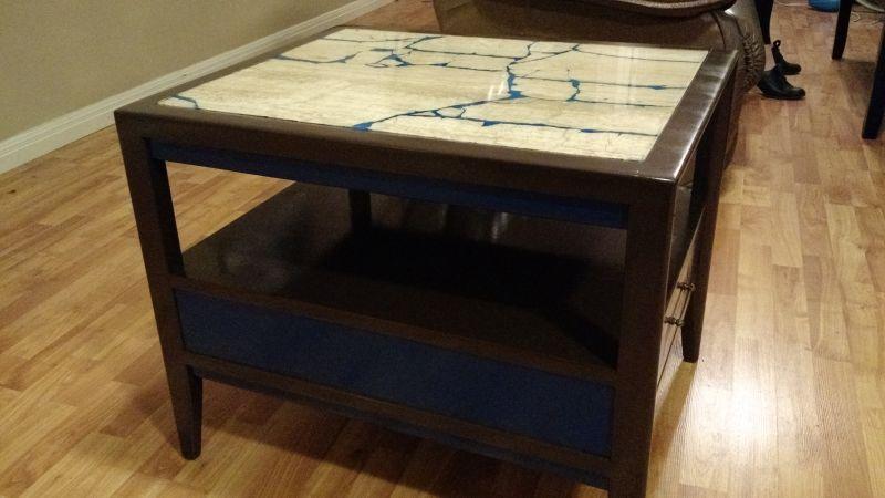Refurbished: glow in the dark marble table