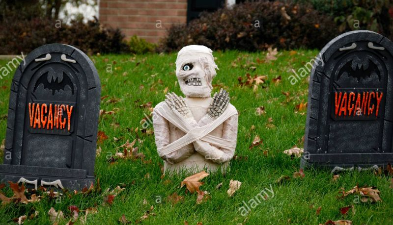 Graved mummy in yard
