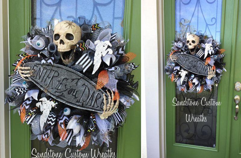 Spooky skull wreath