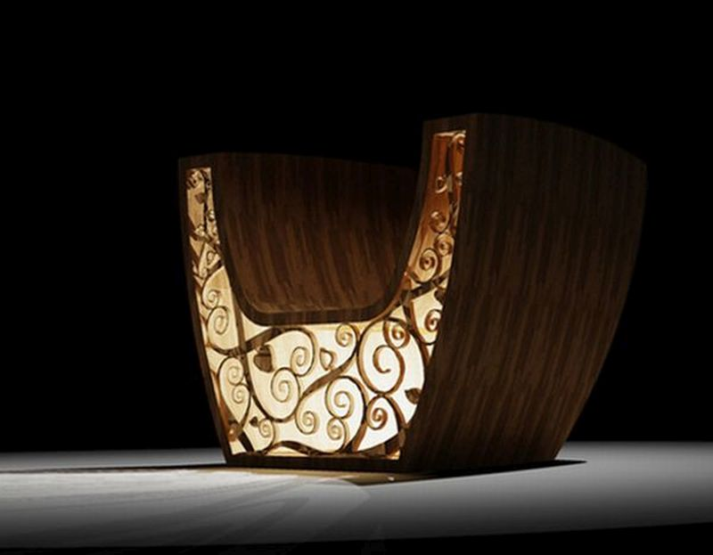 Wooden chair by Valuma
