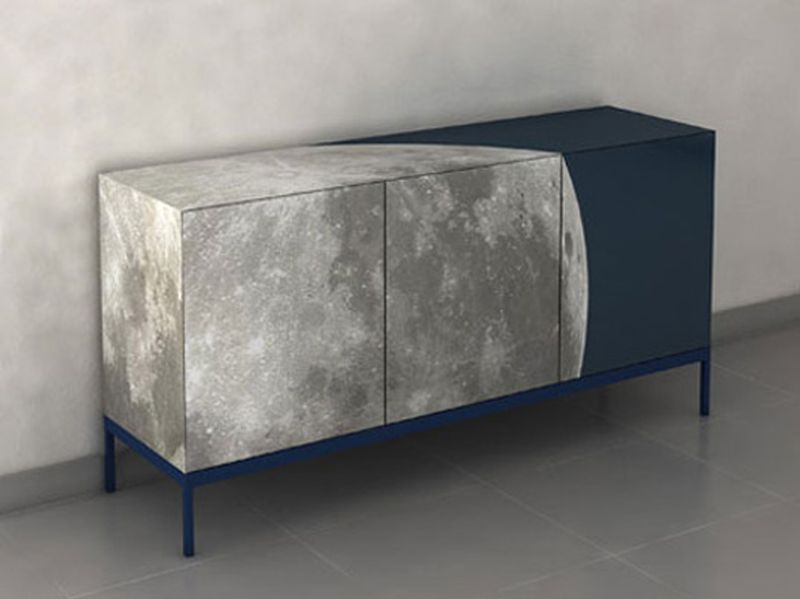 Fullmoon Cabinet that glows in the dark